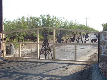 Laguna Vista Ranch - Custom Rance Entrance Gate Sign - San Antonio, TX