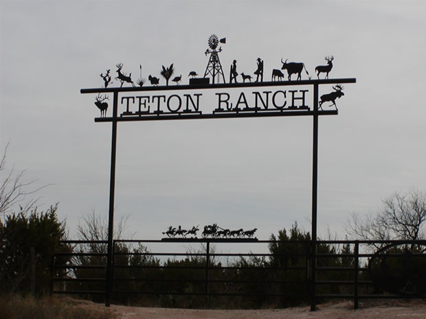 Teton Ranch - Custom Ranch Gate Entrance Sign - Midland, TX
