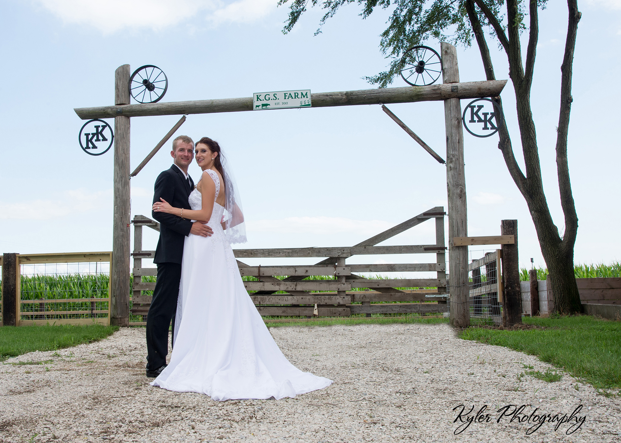 Wedding Gifts For Young Couples: Wedding Gift For Young Farmers In Illinois
