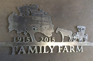 Salado Family Farm sign