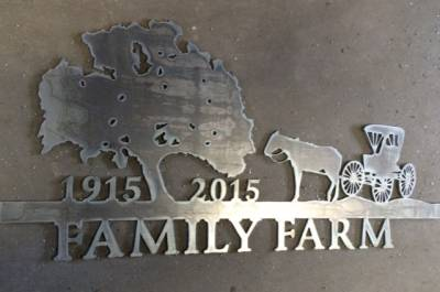 Salado Family Farm sign